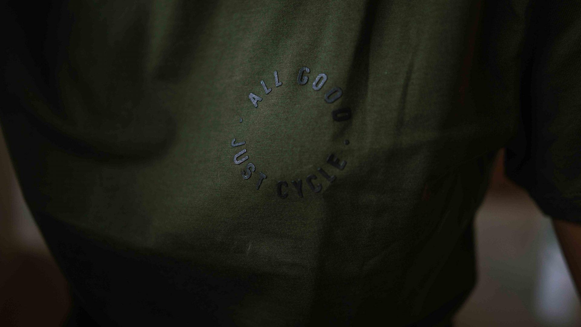 Banner-T-Shirt-5